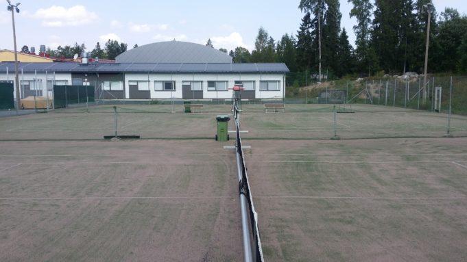 Sääksjärven tenniskenttien kuva