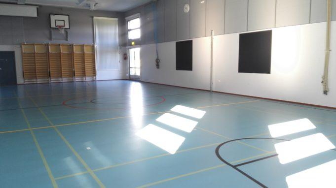 Kuva Säijän koulun liikuntasalista