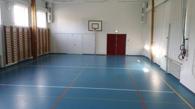 Sääksjärven koulun vanhan liikuntasalin kuva