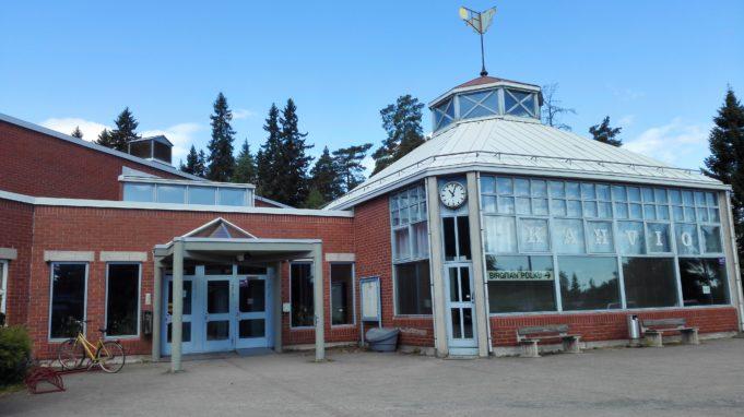 Kuva Hakkarin liikuntahallin rakennuksesta