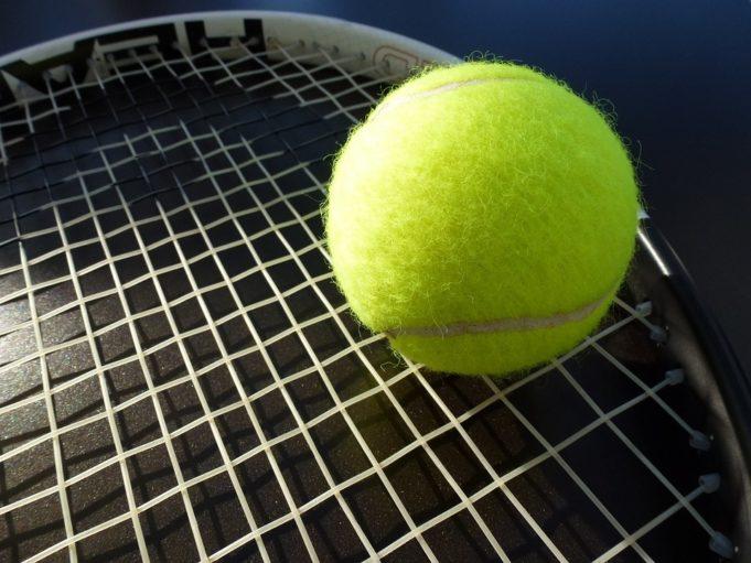 Tennispallo